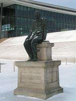 170px-Dresden_Dostojewski-Denkmal